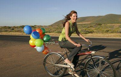 Pedalare e' un modo divertente e salutare per #perderepeso http://pastigliedimagranti.com/dimagrisci-pedalando/