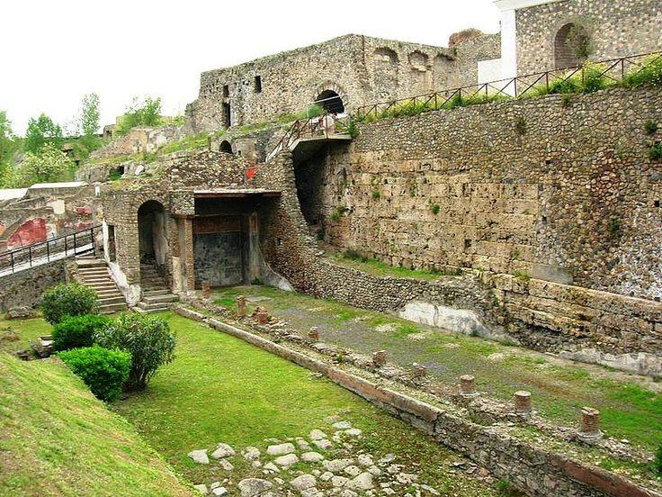 FileVilla Imperiale 2.JPG Pompeii, Ancient world maps