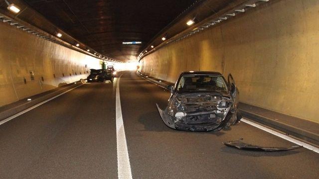 Collision frontale dans le tunnel du Mont-Terri