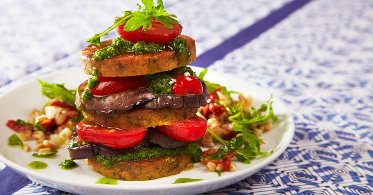 This dish was inspired by world famous Portuguese Chef Nuno Mendes and his combining of smoky notes with vibrant green, herby chimichurri, which compliments the flavours and textures of the Cauldron Falafel Burger perfectly. Perfect for lunch.
