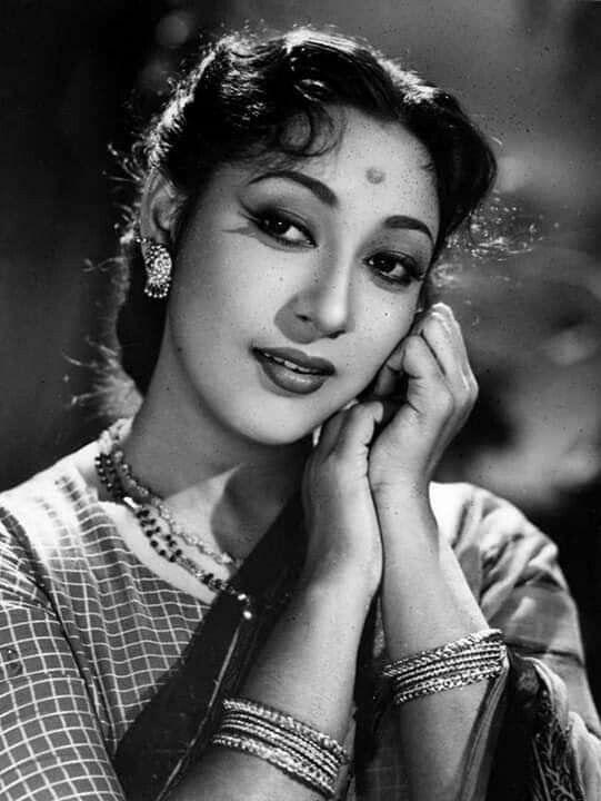 силы тока фотогалерея индийской актрисы мала синха образно