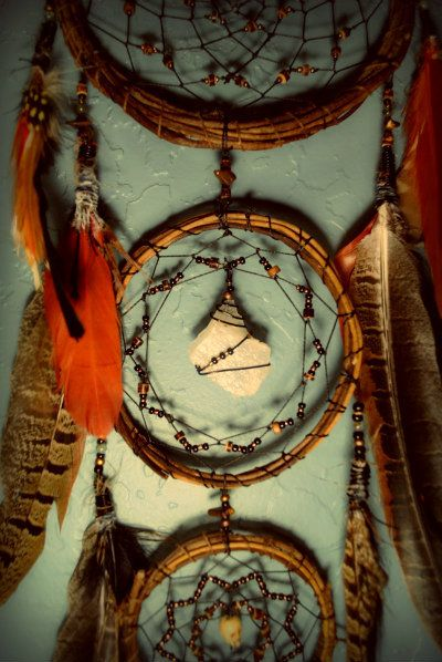 They must be made with all natural materials - the hoop should be made with willow, preferably red willow. The web should have at least seven points for the seven grandfathers, and may have other numbers with various meanings - 13 for the moons, 28 for the lunar month. ...