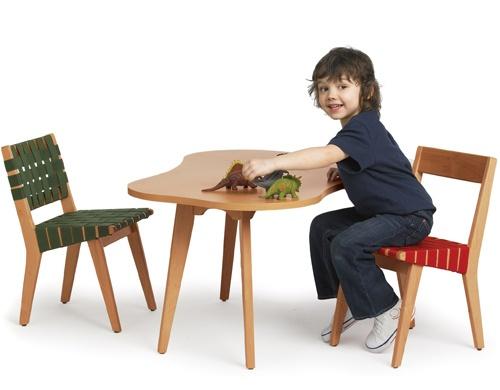 child's risom amoeba table