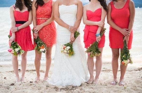 Wedding Fashions – Mismatched Bridesmaid Dresses