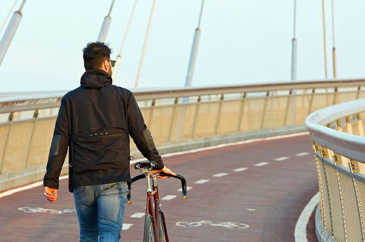 gh24 biker model. #gh24 #giacca24 #urban #lifestyle #citylife #freedom #tech #design #fashion #bike #biker #bicycle