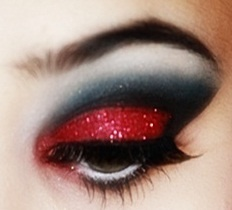 Glam eyeshadow - what a way to wear red!
