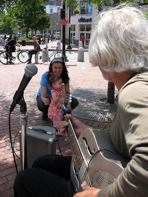 Street Musician Scene | Cambridge, Massachusetts | Harvard square, David johnston, Harvard