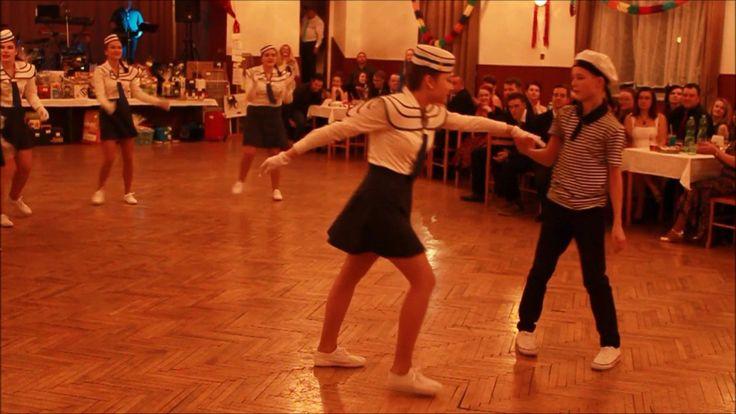 Ples Unie rodičů    Vystoupení 9 třídy ZŠ Šilheřovice