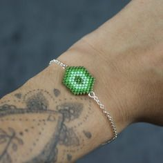Bracelet hexagone vert avec chaîne en argent 925