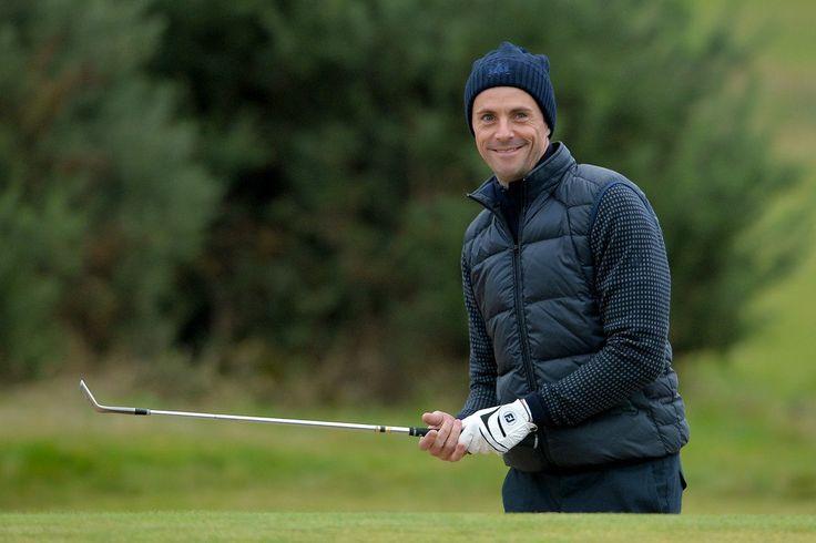 Matthew Goode playing golf, 2016