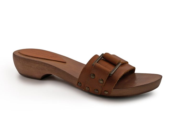 Cuir color womens wooden clogs with metal buckle - Italian Boutique €49