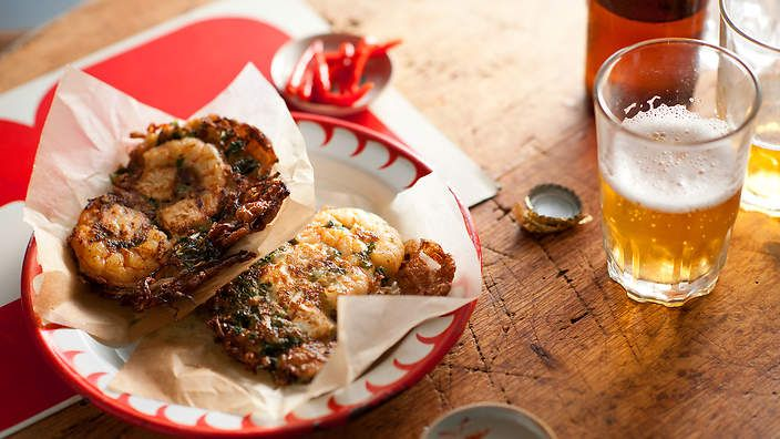 Prawn and tofu fritter (ukoy) recipe : SBS Food