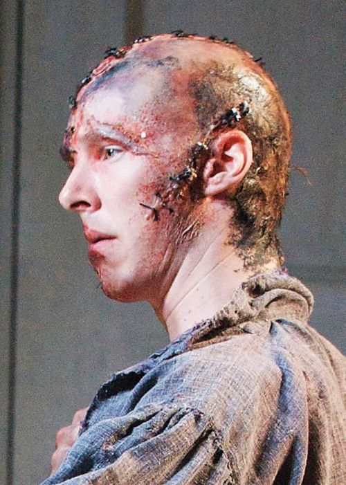 """Benedict Cumberbatch as the Creature  National Theatre's """"Frankenstein"""", 2011. Wooooah awesome"""