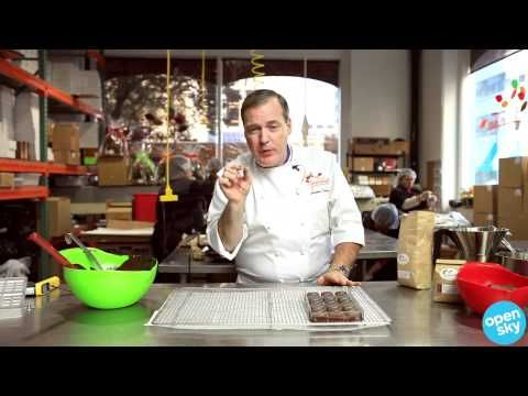 ▶ Jacques Torres talks Chocolate Molds - YouTube