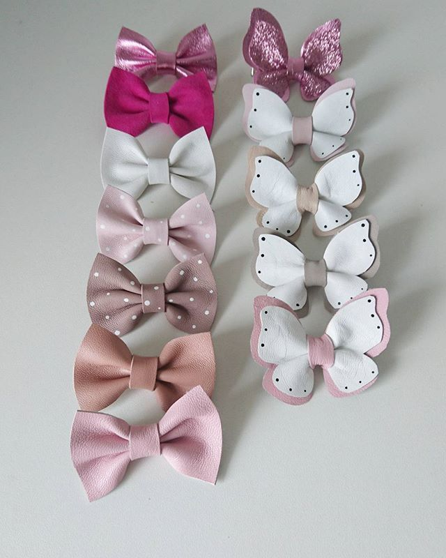 "Adourable ""Alice"" hairclips and ""butterfly"" deluxe hairclips 🎀 . . #headband #hårinspo #håraccessoarer #hårband #hårklämma #hairclip #rosetter #rosett #bow #leatherbow #fjäril #butterfly #bf2017 #bebismode #gravid #barnmode #accessoarer #accessories #ministil #finabarnsaker #inspirationforflickor #presenttips #present #babyheadband #babyshower #evedeso #eventdesignsource - posted by  https://www.instagram.com/lillarosettfabriken. See more Baby Shower Designs at http://Evedeso.com"