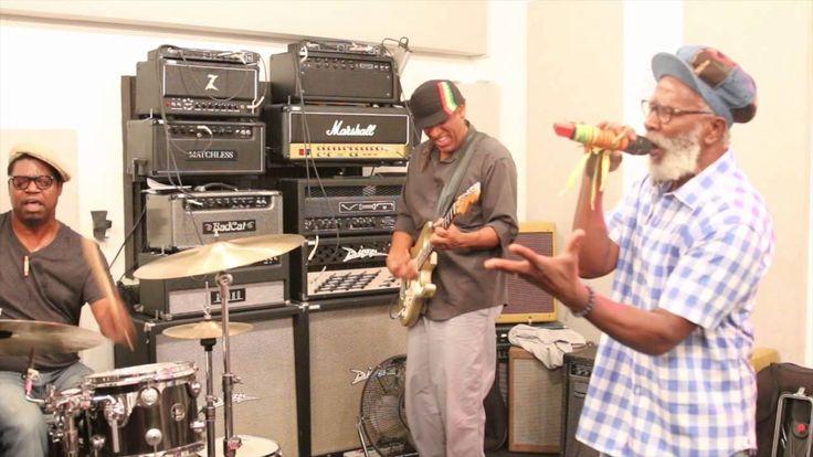 Burning Spear: Old Marcus Garvey Rehearsal 2015 [Video] - http://www.yardhype.com/burning-spear-old-marcus-garvey-rehearsal-2015-video/