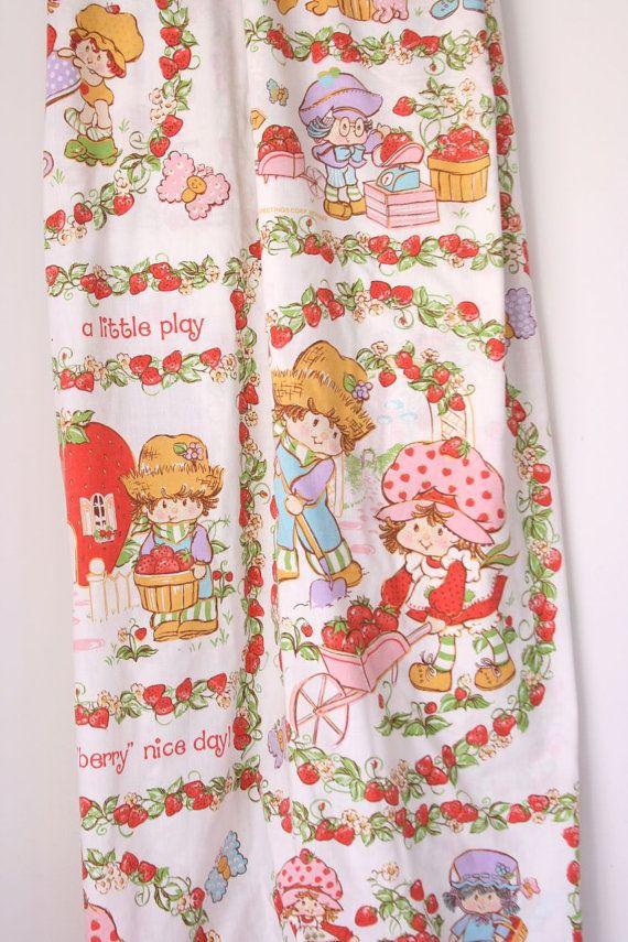 Vintage+Strawberry+Shortcake+Twin+flat+sheet+by+fuzzymama+on+Etsy