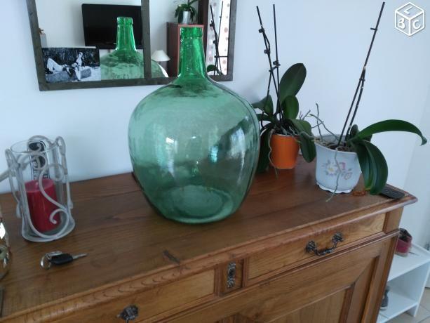 1000 id es sur le th me bonbonne en verre sur pinterest robinet guirlandes lumineuses et. Black Bedroom Furniture Sets. Home Design Ideas