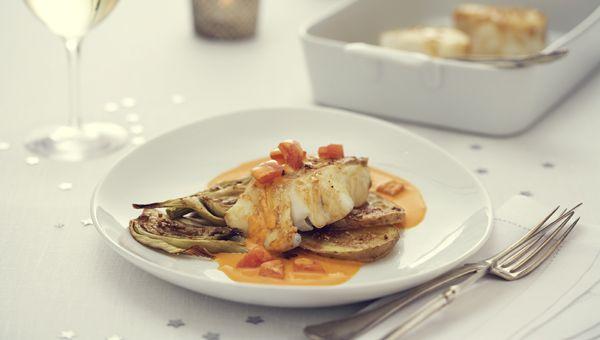 Ugnsbakad torskrygg med pernodsås, fänkål & potatis provencal - Touch of Taste