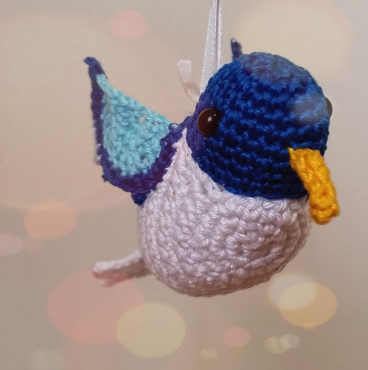 Amigurumi Hummingbird Pattern : The 25+ best ideas about Hummingbird Crochet on Pinterest ...