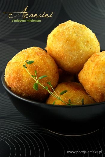 Arancini - włoskie kule z mięsem mielonym / Arancini - Italian Balls with minced Meat (recipe in Polish)
