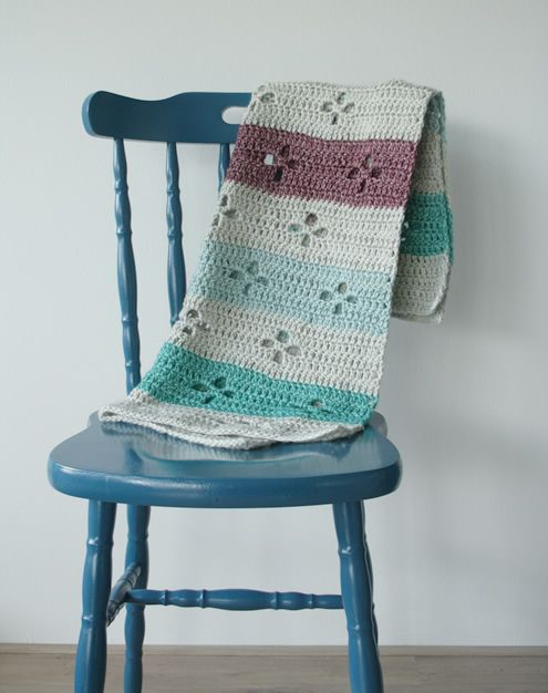 Funky fifties crochet blanket, in Stonewashed XL | Happy in Red