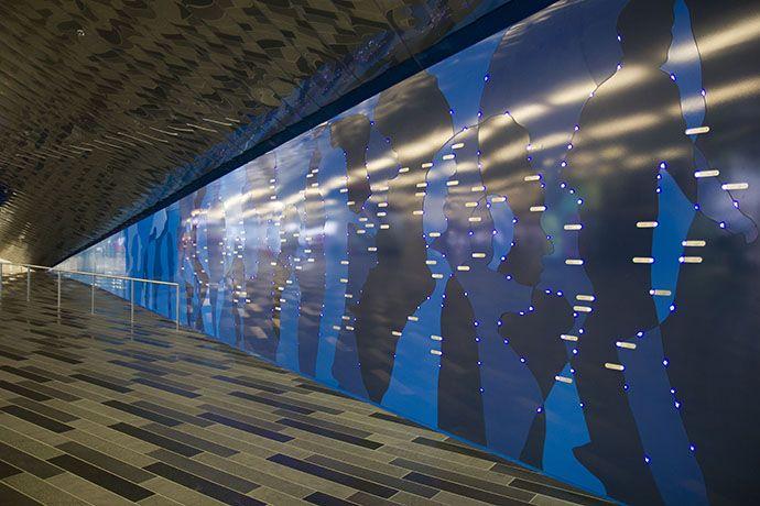 Les constellations ont également été une source d'inspiration pour le Palais des congrès de Montréal qui a inauguré La Constellation des Grands Montréalais, une nouvelle oeuvre permanente et évolutive qui tient lieu de mur.