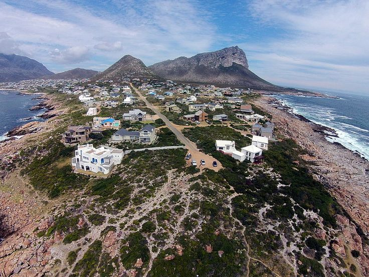 Pringle Bay, Western Cape, South Africa. Pringle Bay is a wonderful seaside village only an hour away from Cape Town. There has been considerable change over the last twenty years or so, growing from only a few houses with no electricity or tarred roads to a holiday place suitable for all ages. Swimming in the river mouth is warm and safe for the toddlers with the older kids preferring the more robust boarding in the waves of false bay. Weekends will see many divers, rubber ducks and kayaks…