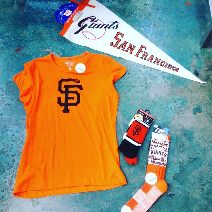 San Francisco Giants 💥  #giants #sanfrancisco #bearbasics #baseball #orange   Visit us in stores or online at bearbasics.com or the bayareatees.com