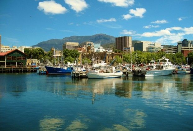 hobart harbour tasmania 5 things to do
