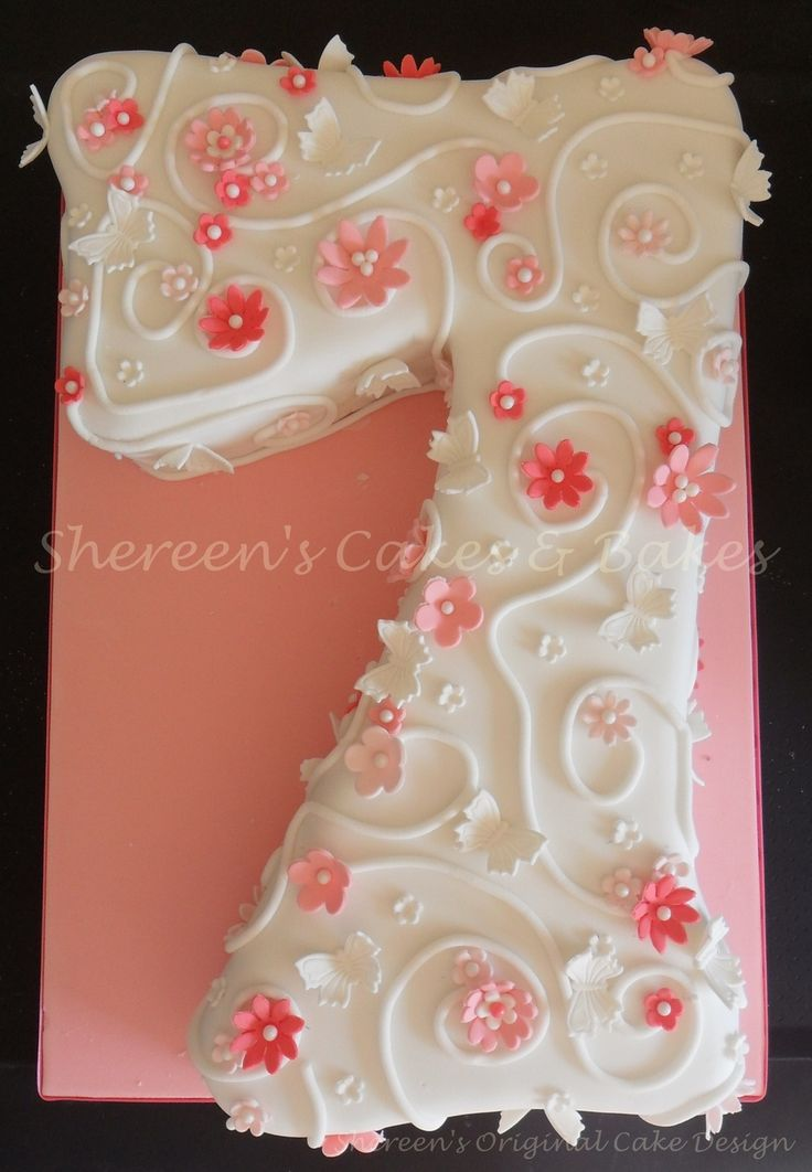 Girly Flowery 7  on Cake Central