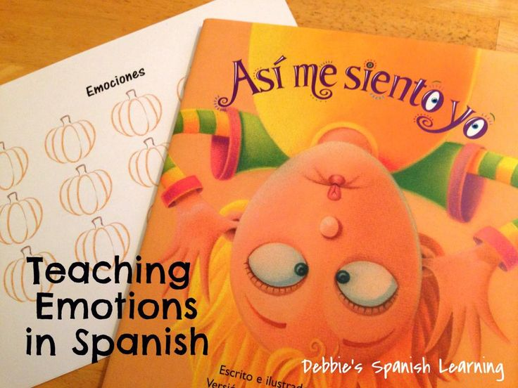 Teaching Emotions in Spanish {Free Printable}-Great activity for the fall. #spanishteaching #pumpkins #emotions