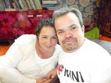 Wat een periode van blijde verwachting had moeten zijn, is nu een tijd vol zorgen. Annerie en Edwin zijn de ouders van Kyan, wat 'kleine leeuw' betekent. Een passende naam: Kyan is namelijk 12 weken te vroeg geboren en vecht als een leeuw voor z'n leven. >> Lees het hele verhaal op: http://www.kinderfonds.nl/huis-vumc-amsterdam/het-huis/ouders-vertellen/kleine-leeuw-vecht-voor-zijn-leven#sthash.jjx4ieRy.dpuf