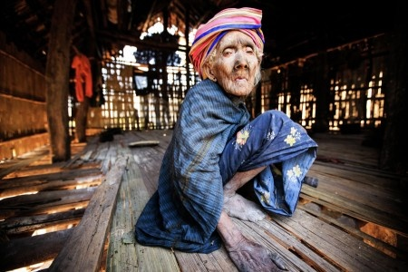 Aung Pyae Soe: The Chin old woman was staying alone in poor village.