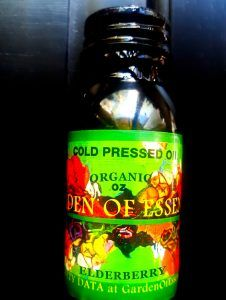 Certified Organic, Cold Pressed, Unrefined, Elderberry Seed Oil (Sambucus nigra), contains a high ratio of unsaturated fatty acids and alpha linolenic acid. Elderberries contain tannin, amino acids, carotenoids, flavonoids, rutin, and is rich in Vitamins B, C and E. But its main strength lies its anti-viral properties. Elderberry Oil's flavonoids include anthocyanins, which are powerful antioxidants that protect cells against damage. The oil is often used to treat allergies and skin eczem...