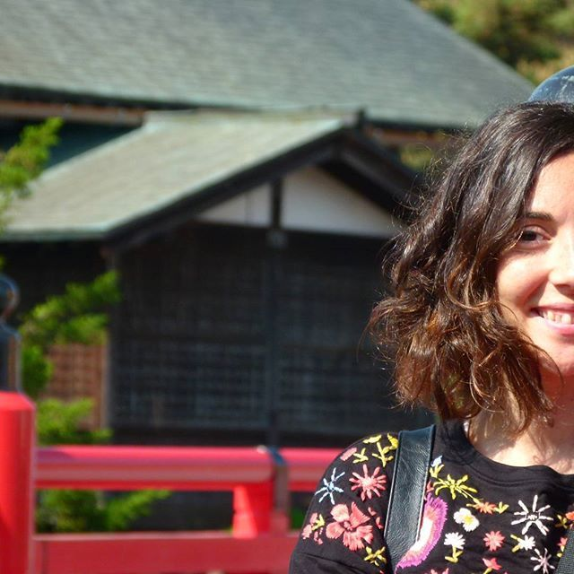 """""""💚¡Hola Viajeros!💙 Nos despertamos a las 5:00 de la mañana para poder disfrutar desta villa preciosa,de sus calles vacias,de sus preciosos templos y de la amabilidad de su gente. Estamos enamorados de Japón...estamos enamorados de Takayama ❤ 🏮 #ilovetakayama  #takayama #japan #travel #viajar #mochileros #viajeros #japon #travelblogger #travelblog #blog #viajeenpareja #travels #traveljapanstyle #ilovejapan #grateful"""" by @viajesenfotogramas (Viajes en Fotogramas). #turismo #instalife #ilove…"""