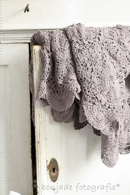 pretty crochet blanket