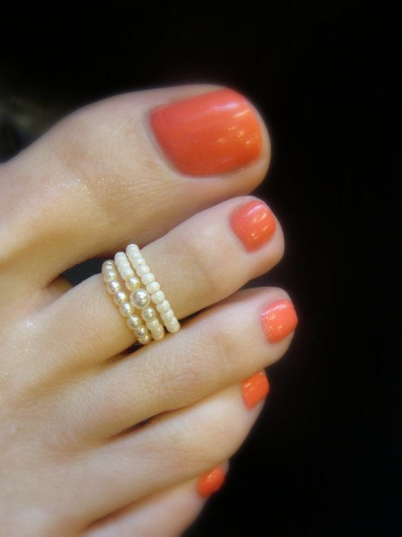 Toe Ring Petite Cream Pearls Bead Toe Ring by FancyFeetBoutique, $4.25