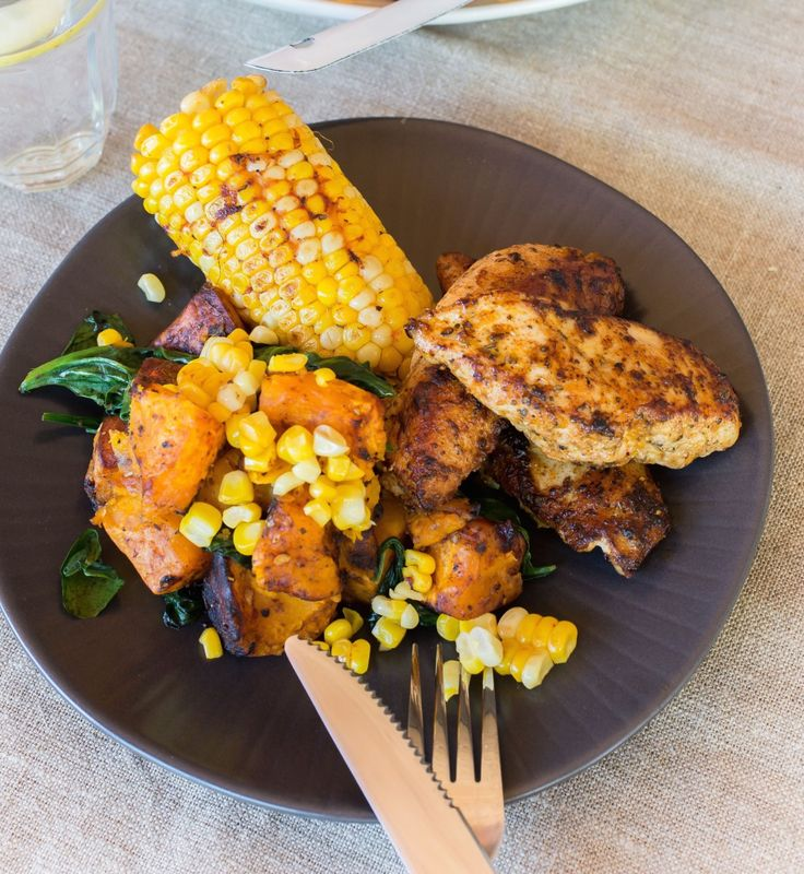 When corn is in season, I tend to go a bit crazy over it! I'll eat it raw straight off the cob (so fresh and juicy!) and even gnaw off the unfinished cobs from other people's plates. The season isn't that … Continued