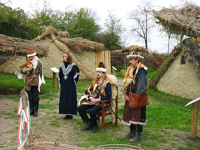 TÖRTÉNELMI KALEIDOSZKÓP...: Tiszaalpár - Árpád-kori falu / Folytatás a posztba...