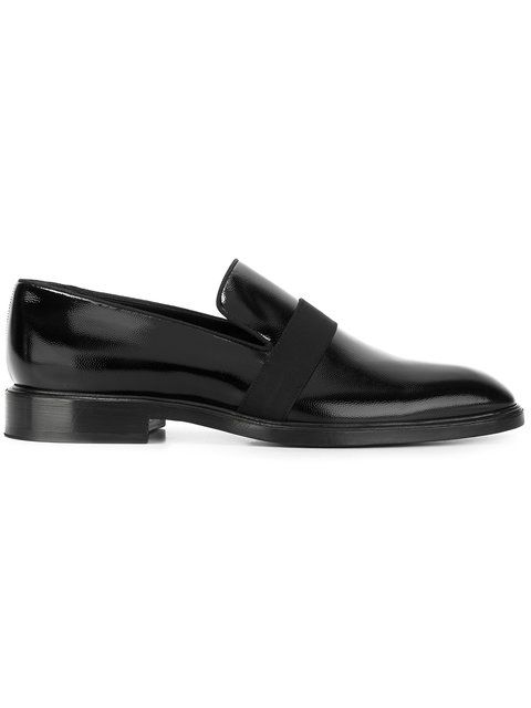 GIVENCHY Slip-On Loafers. #givenchy #shoes #flats