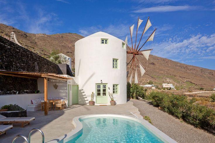 Holiday Villa in Santorini, Greece - Stylish private sea view villa in Imerovigli, Santorini