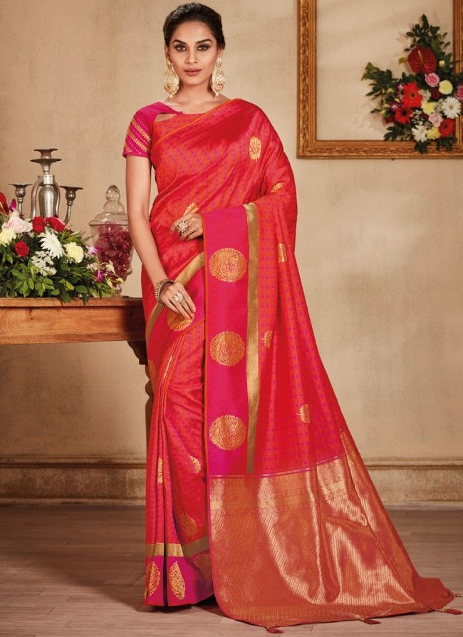 ce585108f4 Jacquard Silk Red Saree in 2019 | saree | Saree wedding, Red saree ...