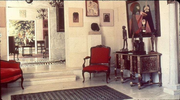 https://assets.vice.com/content-images/article/katagrafontas-apomeinaria-ayrianismos-vila-iola/galleryImage/14.jpg