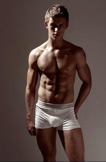Pity, Jamie bamber in underwear