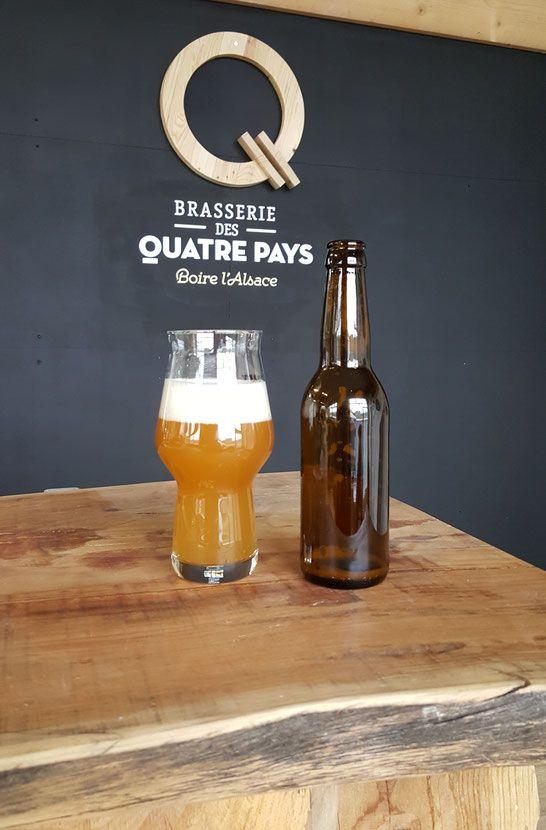 La Brasserie des 4 Pays est une fabrique de bière bio située à Hirtzbach, au coeur de l'Alsace.