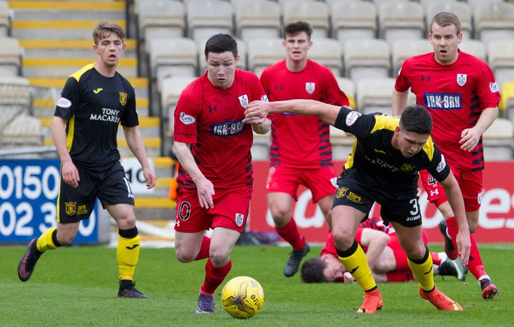 Queen's Park's Conor McVey in action during the Ladbrokes League One game between Livingston and Queen's Park.