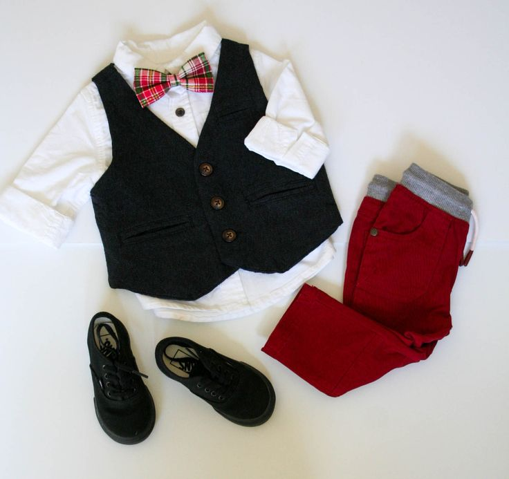 Red Plaid Boys Bow Tie, Boys Christmas Outfit, Bow Tie and Suspenders, Christmas Outfit for Toddler, Little Boy Fashion, Holiday Outfit, Baby Boy Christmas Outfit, Green Plaid Bow Tie, Mini Swag Textiles
