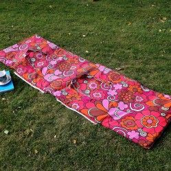 1960s' vintage padded beach mat www.vintageactually.co.uk