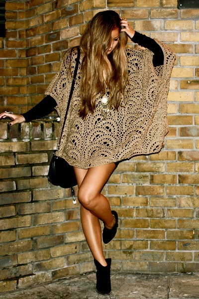 cute: Fashion, Inspiration, Chic, Style, Clothing, Crochet Poncho, Dress, Outfit, Ponchos